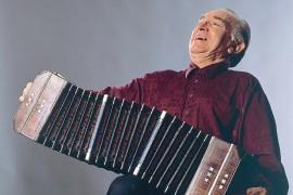 Alfredo Marcucci al bandoneon